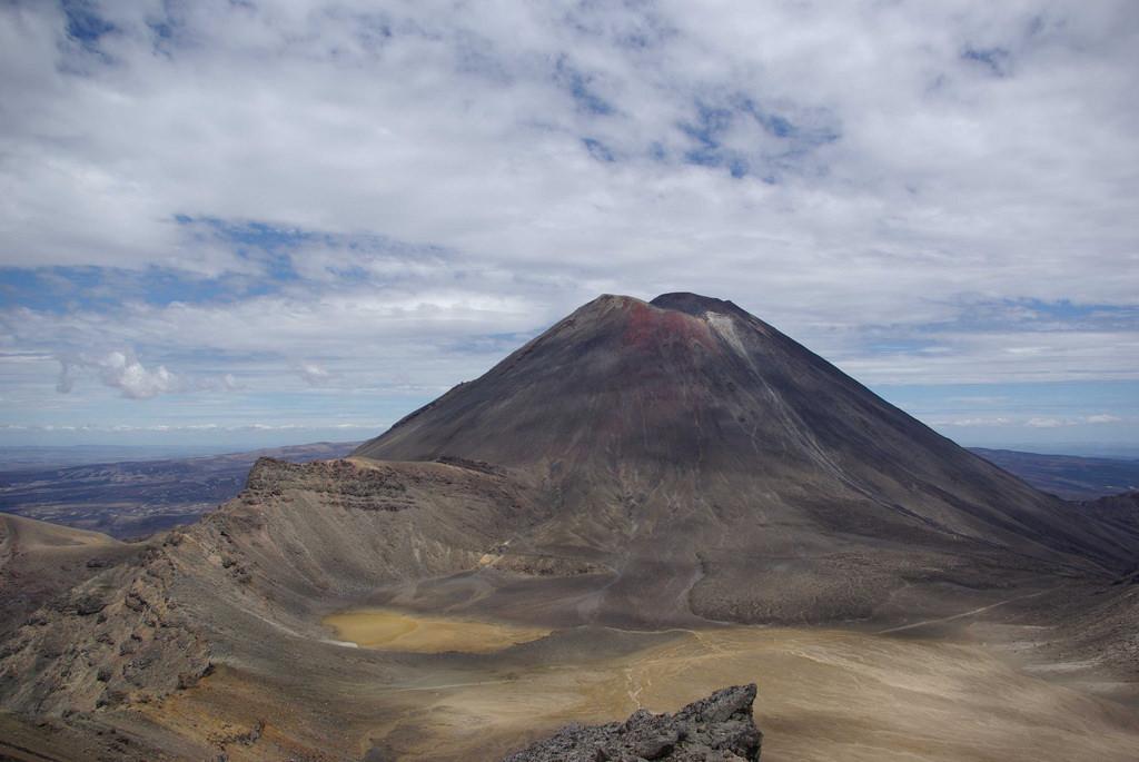 Mt Ngauruhoe How To Climb New Zealand S Epic Mount Doom