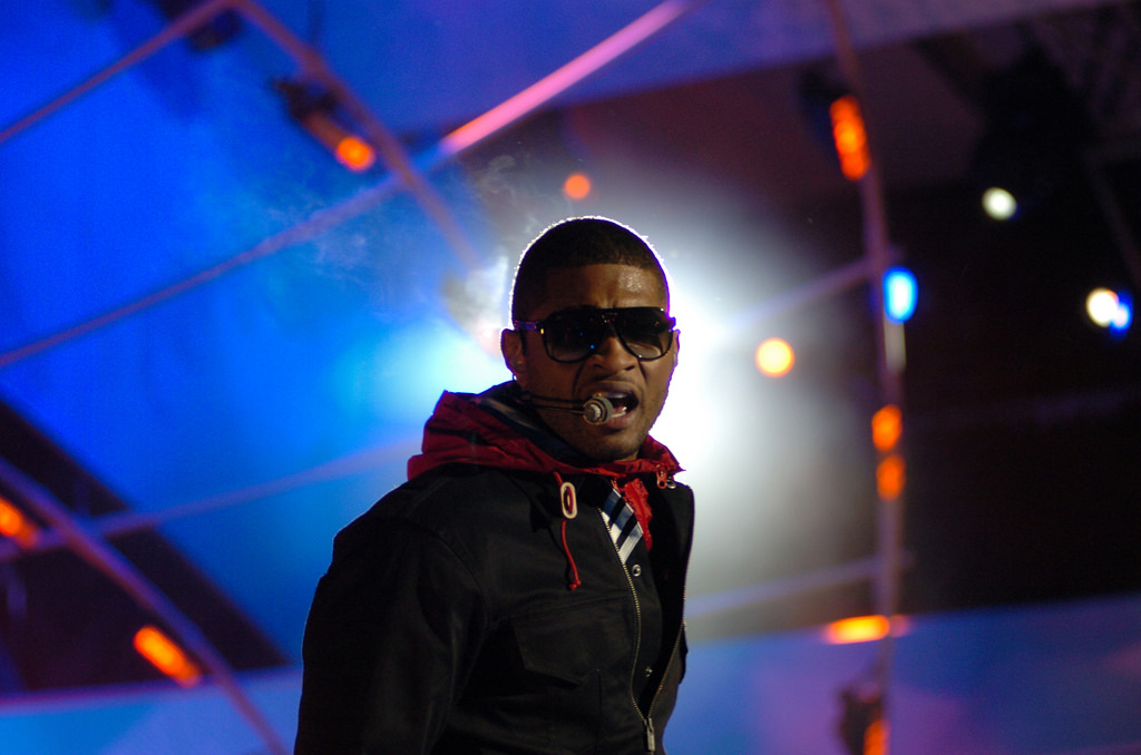 Usher | © U.S. Army/Flickr