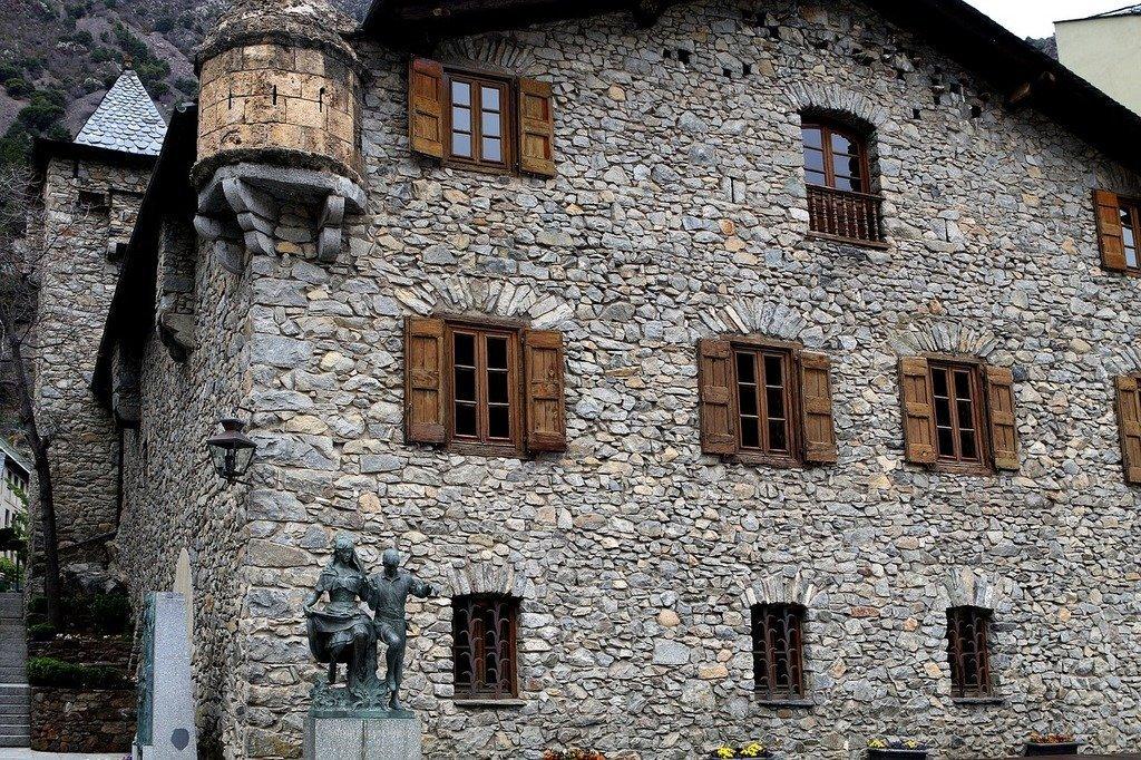 Casa de la Vall, Andorra | ©BarbeeAnee / Pixabay