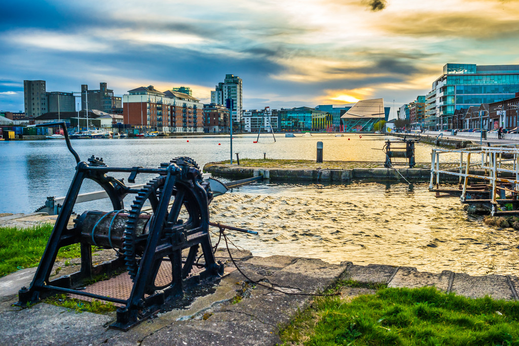 Sunset on the Grand Canal Docks | © Giuseppe Milo/Flickr