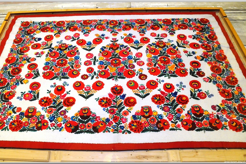 Mezőkövesd embroidery