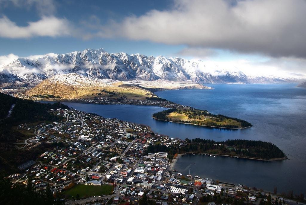 Queenstown, New Zealand | © Bernard Spragg/Flickr