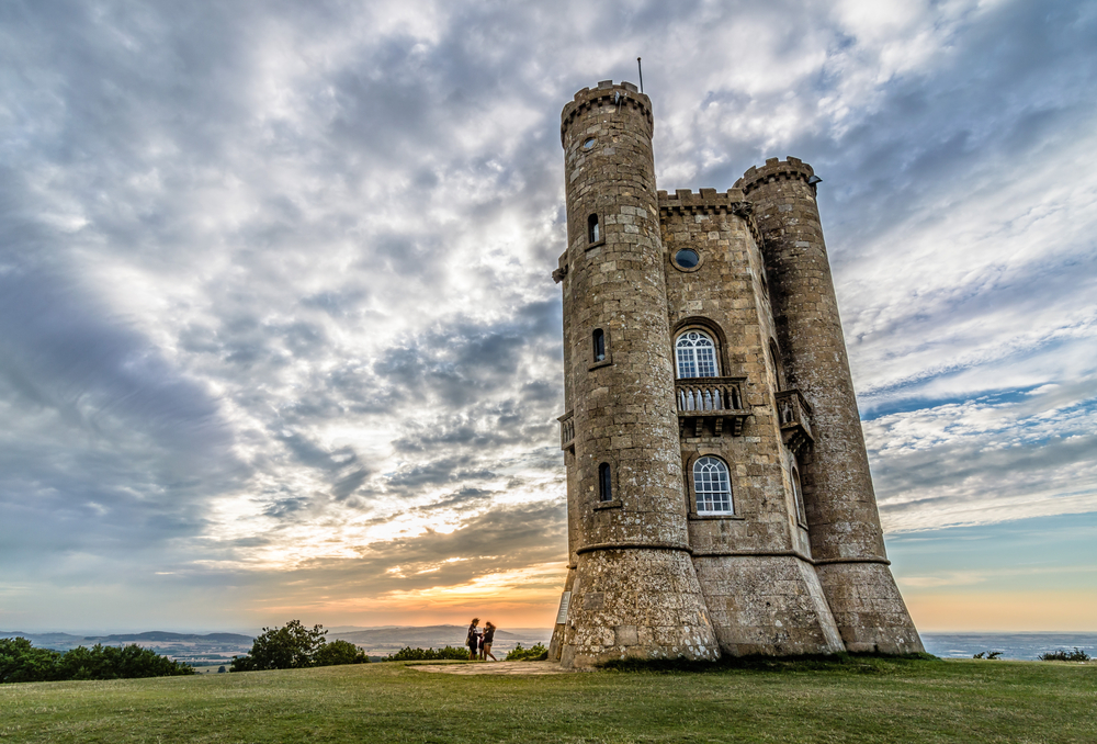 Broadway Tower | © JJFarq/Shutterstock
