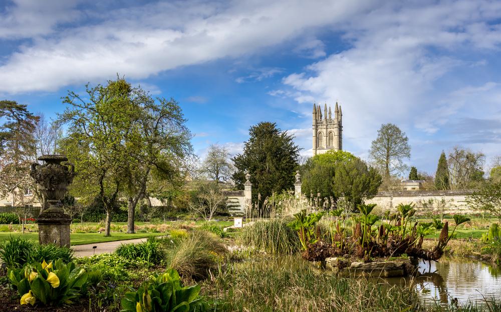 University of Oxford Botanic Garden   © ExFlow/Shutterstock
