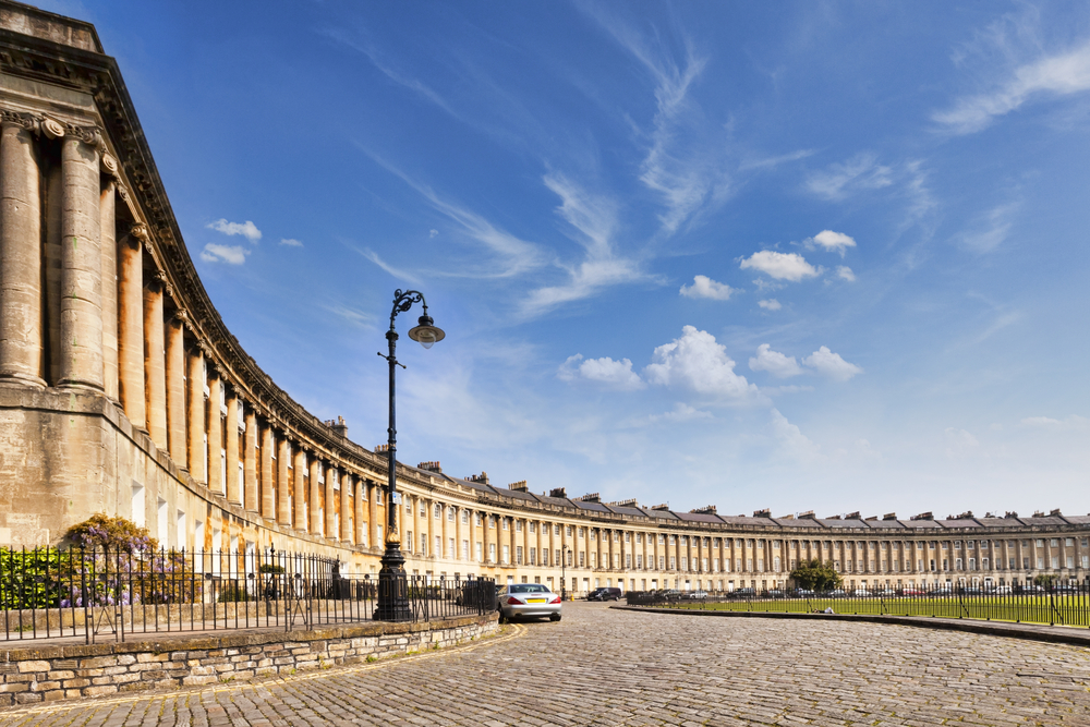Royal Crescent, Bath | © travel light/Shutterstock