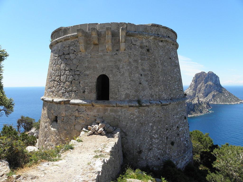 Torre del Pirata o des Savinar | © LetoIbz / Wikimedia Commons