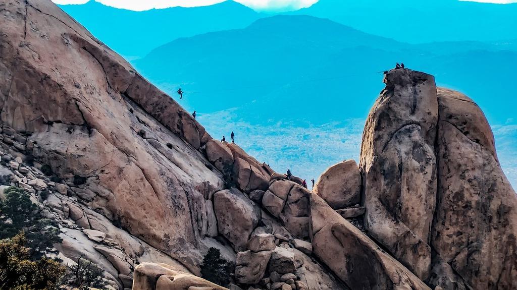 Ziplining in California | tpsdave / Pixabay