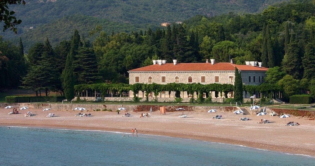 Villa Milocer | © Pear Blossom/WikiCommons