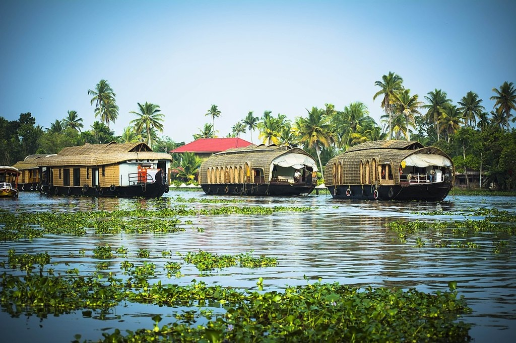 Houseboat | © abhishekakumar /Wikimedia Commons