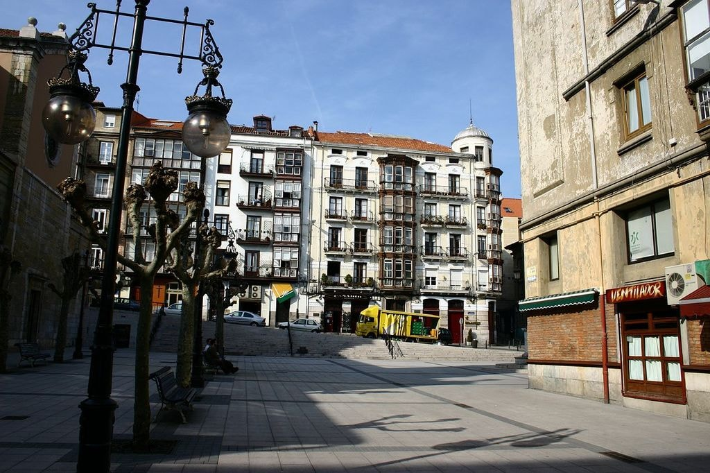 Plaza Cañadio, Santander, Spain | ©Year of the dragon / wikimedia commons