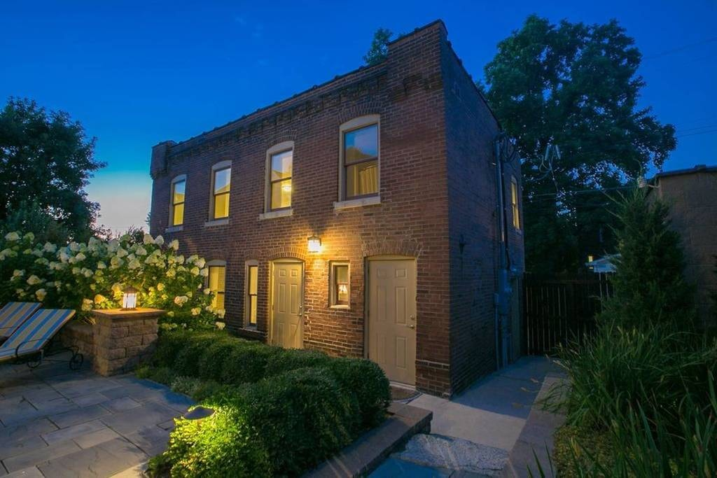The Coolest Airbnb Rentals In St Louis