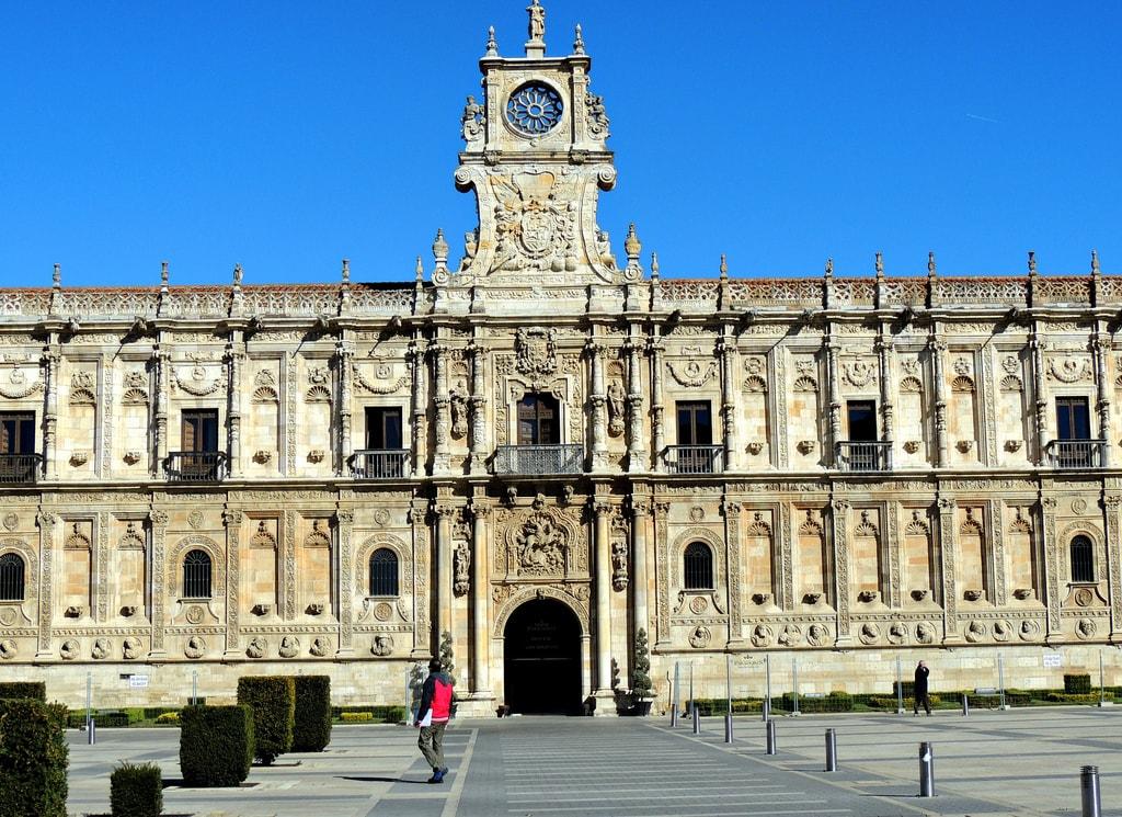 Convento de San Marcos, León, Spain | ©Jose Luis Cernadas Iglesias / Flickr