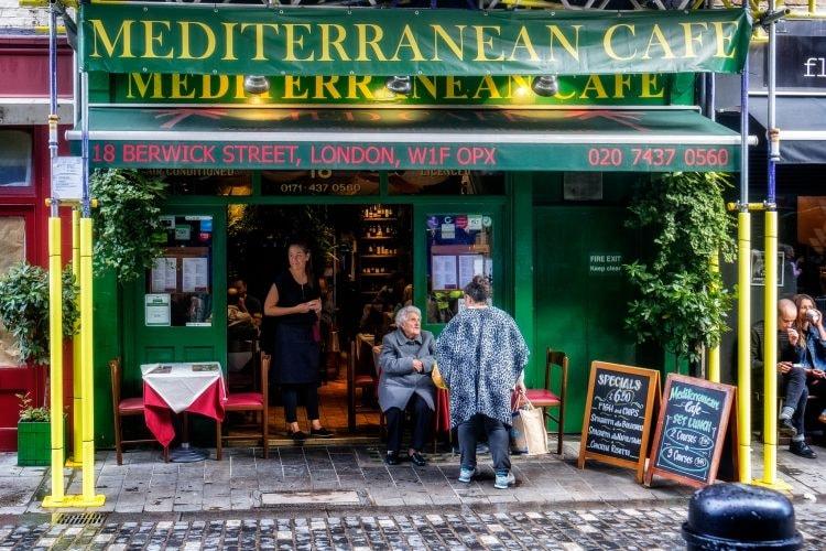 Mediterranean Cafe | © Garry Knight/Flickr