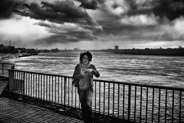 On the bank of the Rhine in central Dusseldorf | © Paolo Braiuca/Flickr
