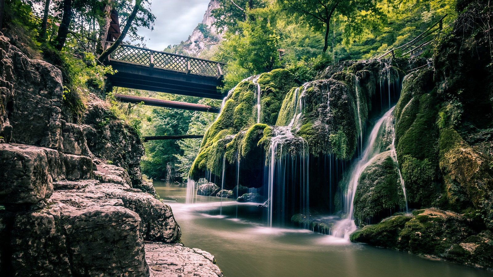 Bigar Waterfalls © Giuseppe Milo