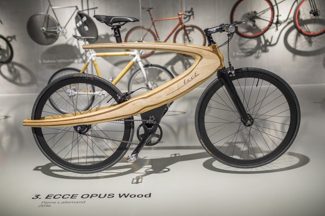 ECCE OPUS Wood (2016) by Pierre Lallemand in Fiets-Bike-Fahrrad, design on two wheels, Cube Design Museum | Courtesy of Cube Design Museum.