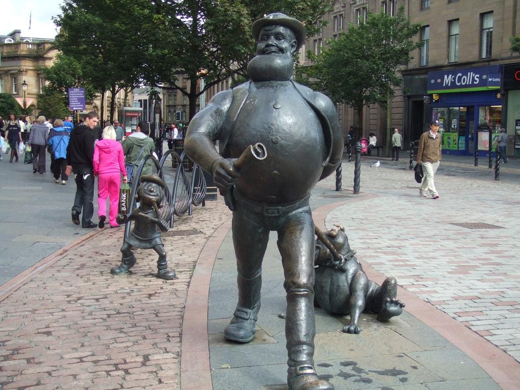 Desparate Dan Statue