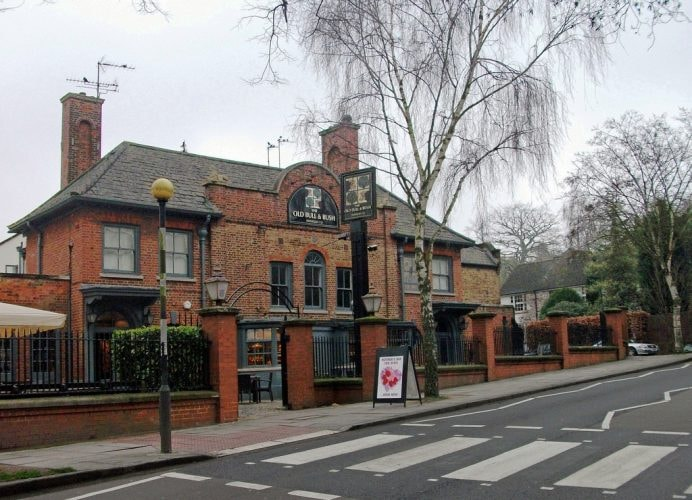 Old Bull and Bush, Hampstead   © dun.can/Flickr