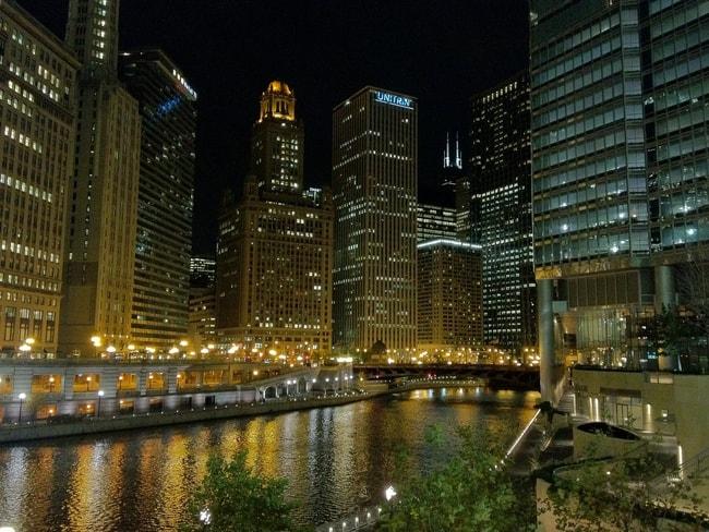 Riverwalk Downtown Chicago | © TopRank Marketing/Flickr