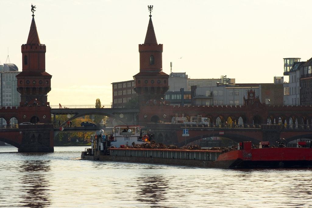Berlin's bridges   ©Antti T. Nissinen / Flickr