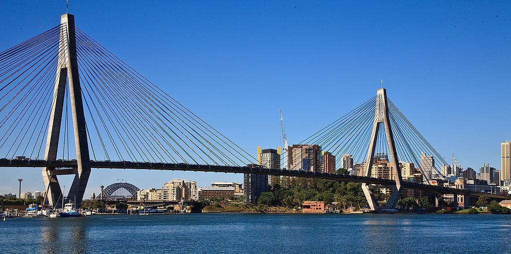 Anzac Bridge   © Richard Taylor _ Wikimedia Commons