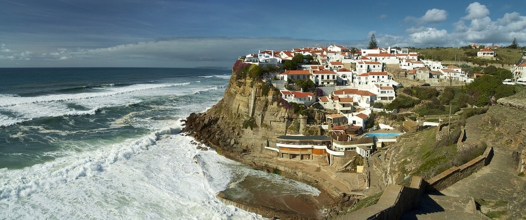 https://pixabay.com/es/azenhas-do-mar-portugal-mar-cliff-2276991/
