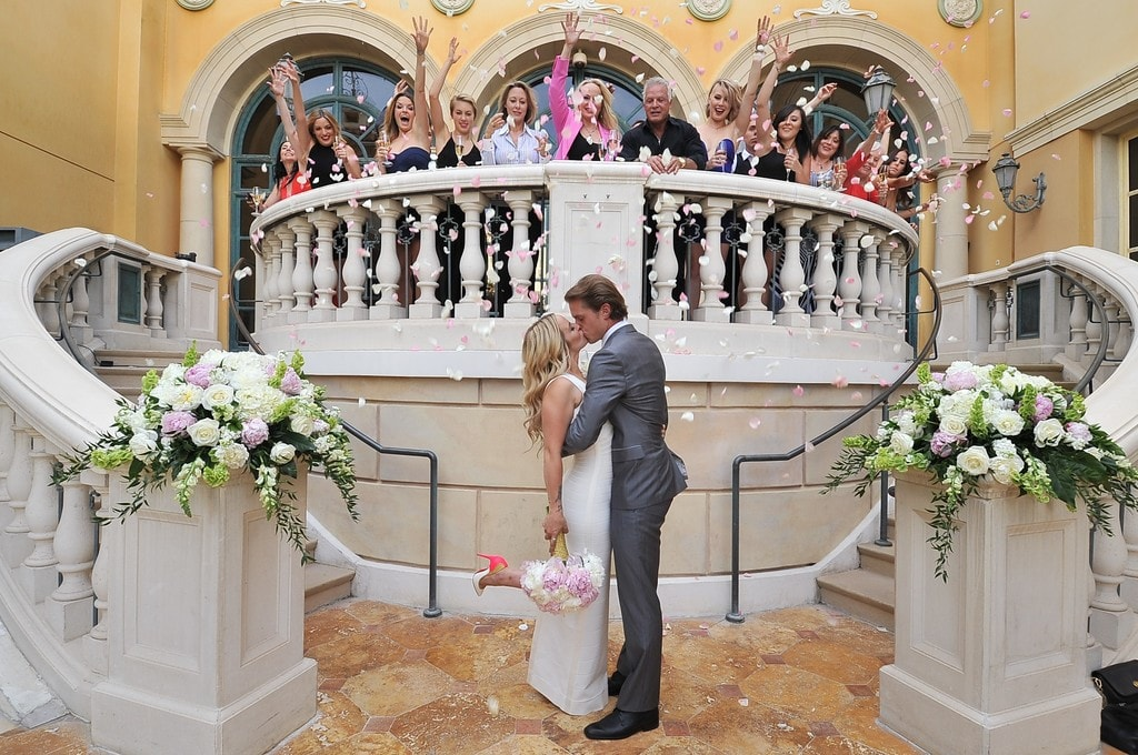 The best destination wedding venues in las vegas for Aria wedding chapel