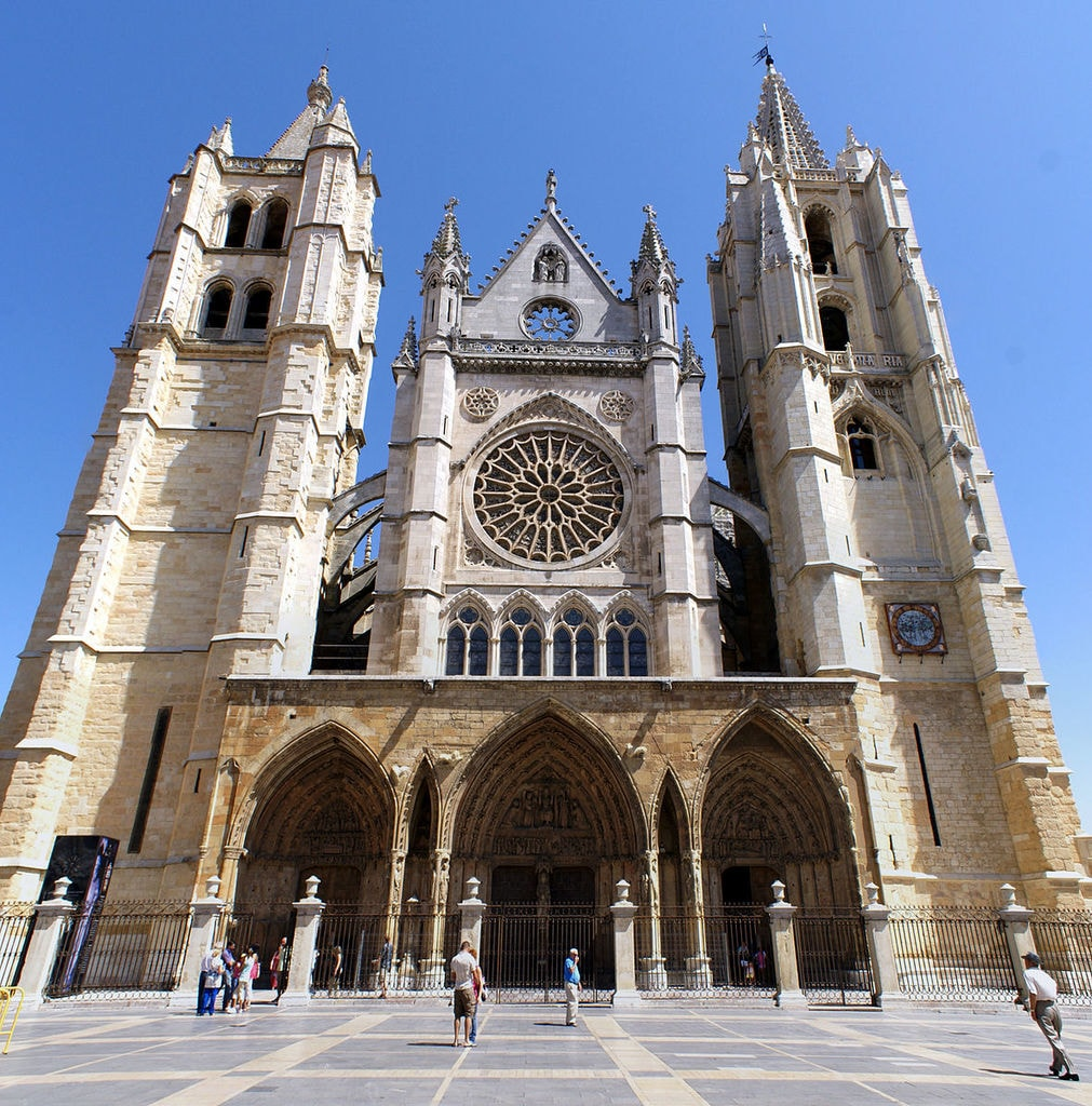 Catedral de León, Spain | ©Rastrojo / Wikimedia Commons