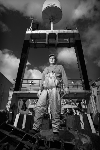 Þór, deckhand on the fishing vessel, Frár ve, from Vestmannaeyjar | Courtesy of Rúnar Þórarinsson