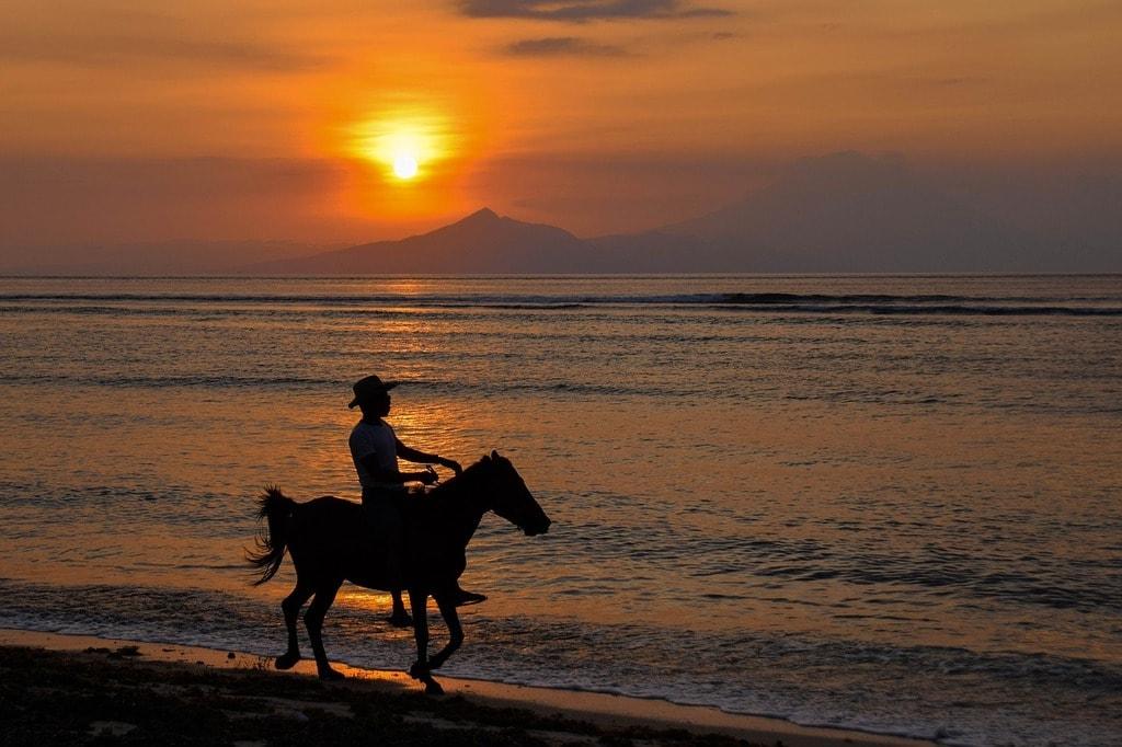 Sunset at Gili Trawangan   © kolibri5/Pixabay