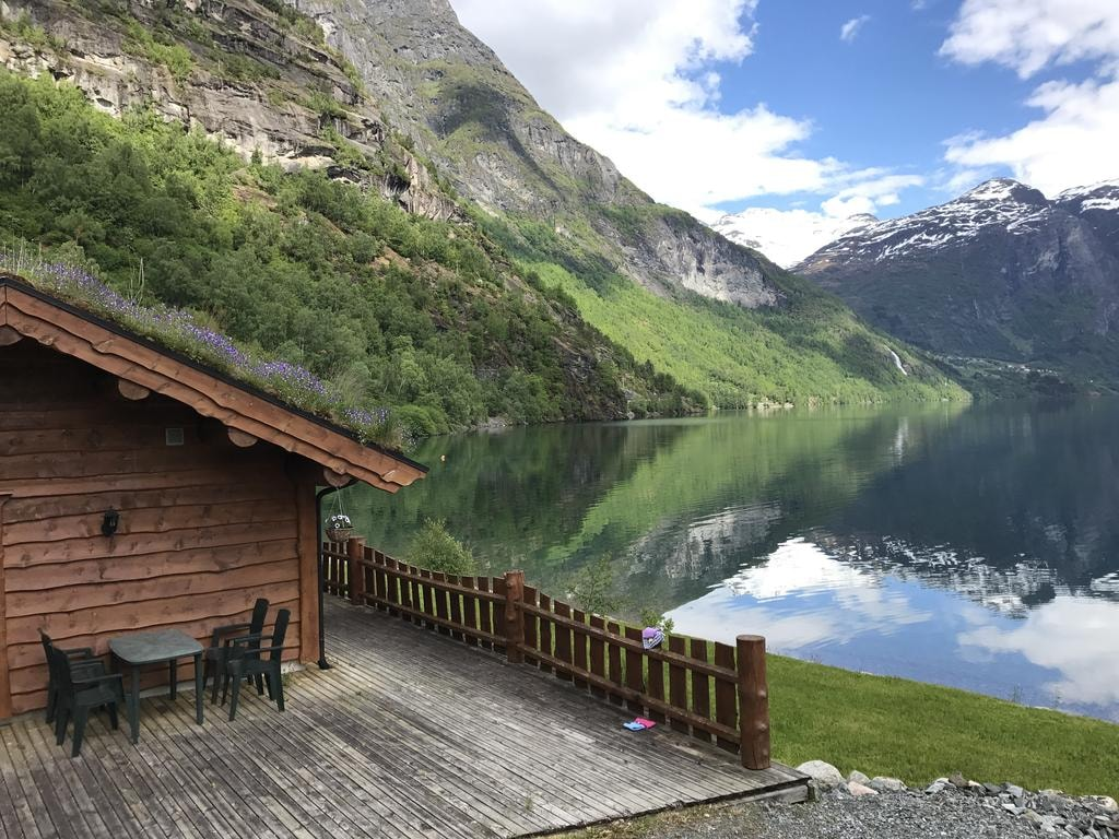 Wondrous 12 Of Norways Most Cosy Log Cabins Interior Design Ideas Clesiryabchikinfo