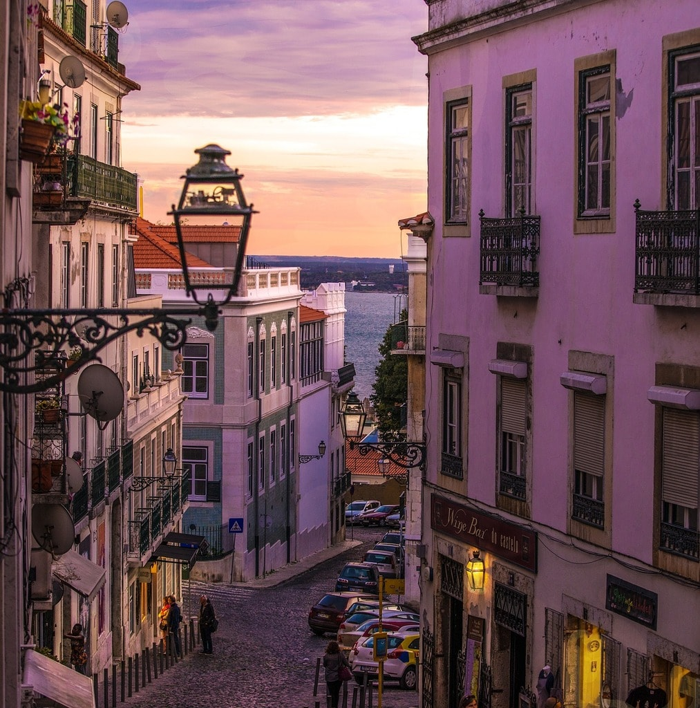 7 Of The Coolest Concept Bars In Lisbon