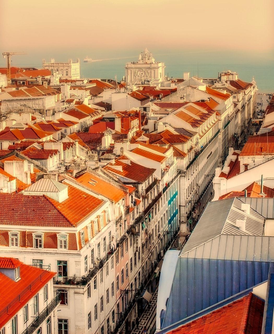 https://pixabay.com/es/lisboa-portugal-ciudad-urbana-2470931/