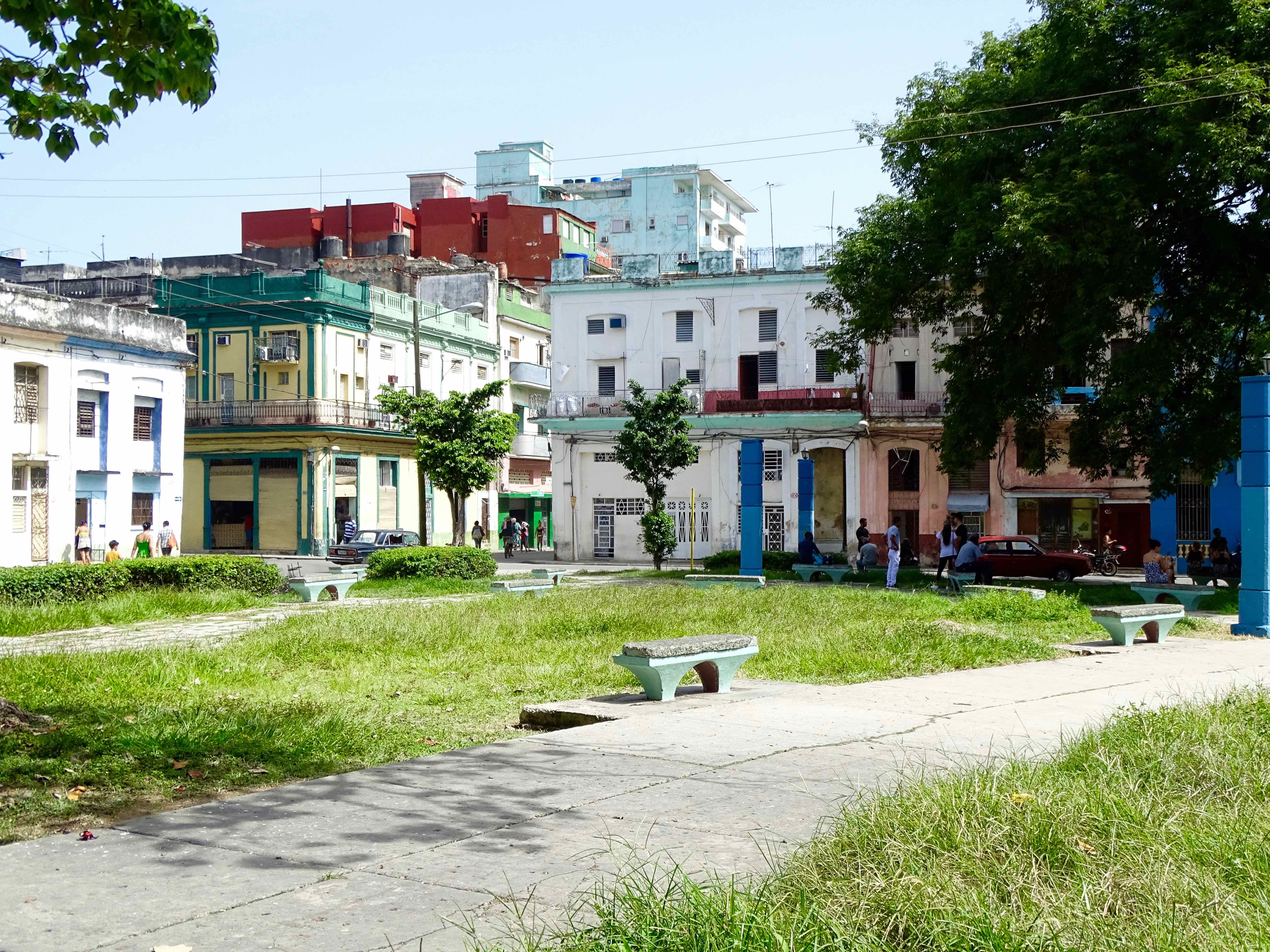 Public space and Wi-Fi park in Centro Habana   © Amber C. Snider