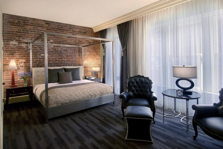 One Bedroom Suite   Courtesy of Alexis Hotel