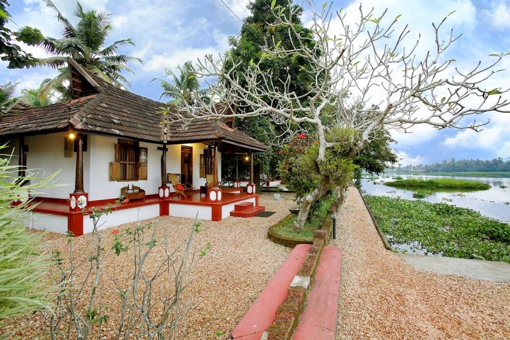 The 10 best farmstays in india for Traditional beach house designs