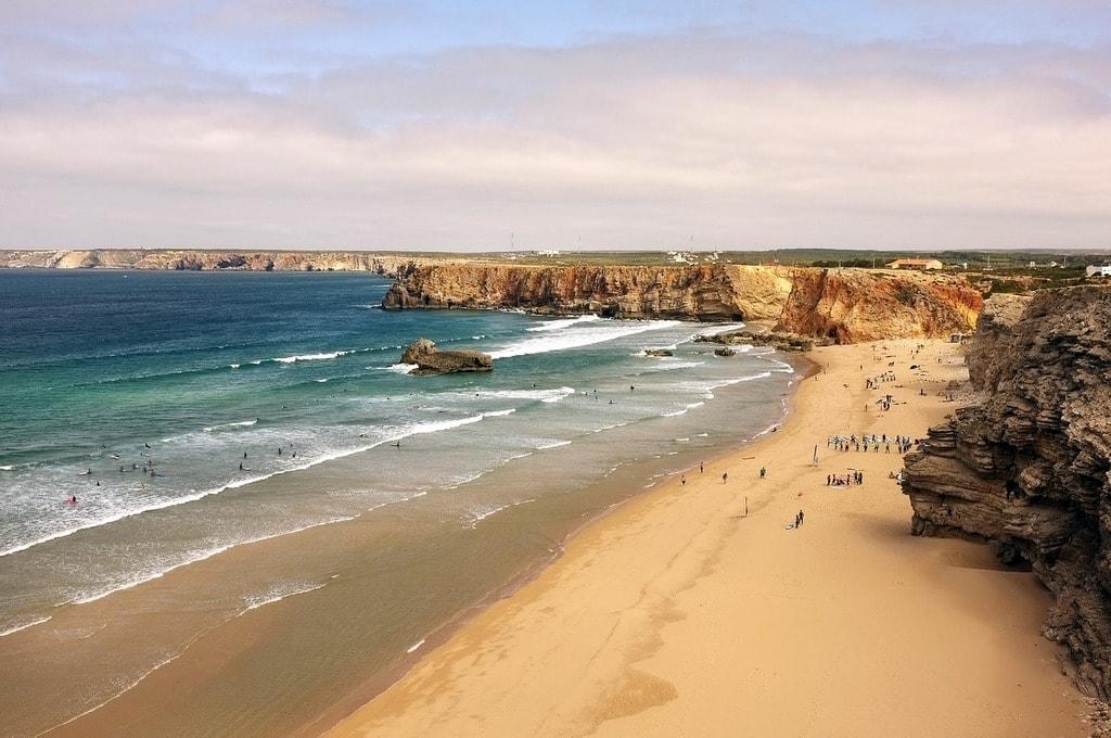 https://pixabay.com/es/portugal-playa-mar-las-ondas-olas-2481073/