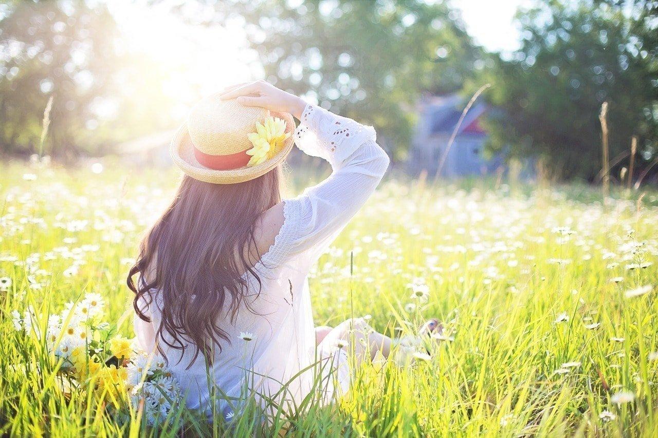 Felicidad is lightness and joy CC0 Pixabay