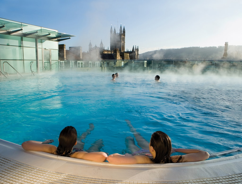 Rooftop Pool at Thermae Bath Spa | © Matt Cardy/Courtesy of Thermae Bath Spa