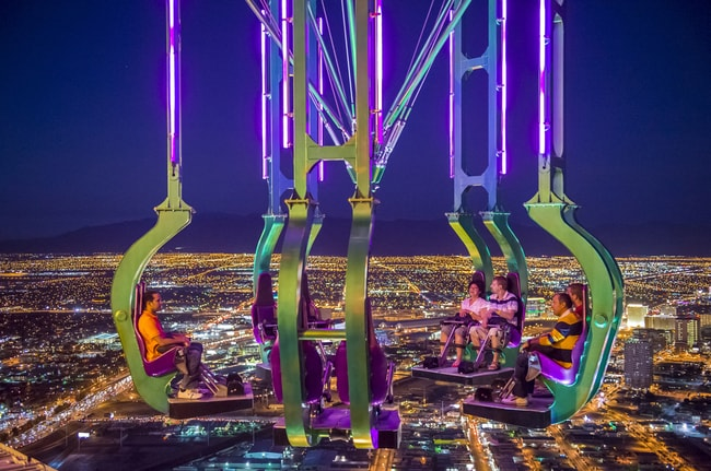 The x-stream thrill ride atop the stratosphere, Las Vegas | © Kobby Dagan/Shutterstock