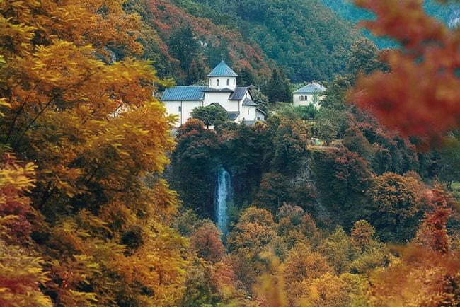 Moraca Monastery | © Kichigin/Shutterstock