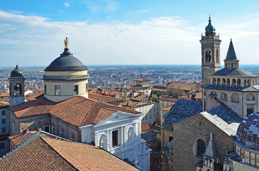 Church of Santa Maria Maggiore, Bergamo, Italy | © Ovchinnikova Irina/Shutterstock