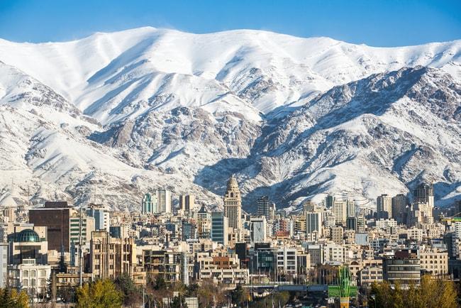 Mountain skyline of Tehran   © Alexander Mazurkevich/Shutterstock