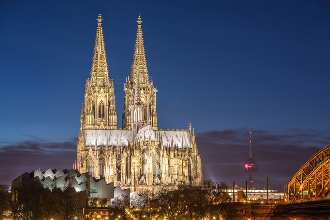 Cologne cathedral at night   © freedom100m/Shutterstock