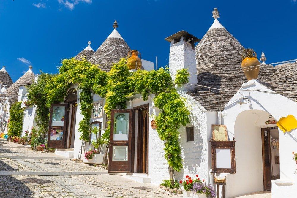 Beautiful town of Alberobello, Italy | © Josef Skacel/Shutterstock