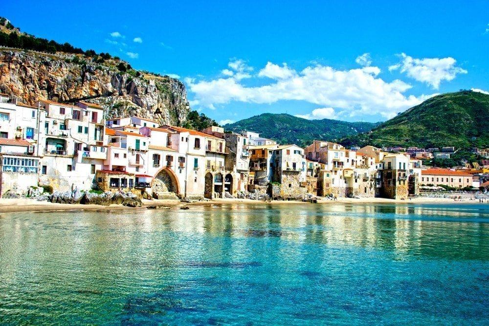 Beautiful coast of Cefalu, Palermo - Sicily | © ciccino77/Shutterstock