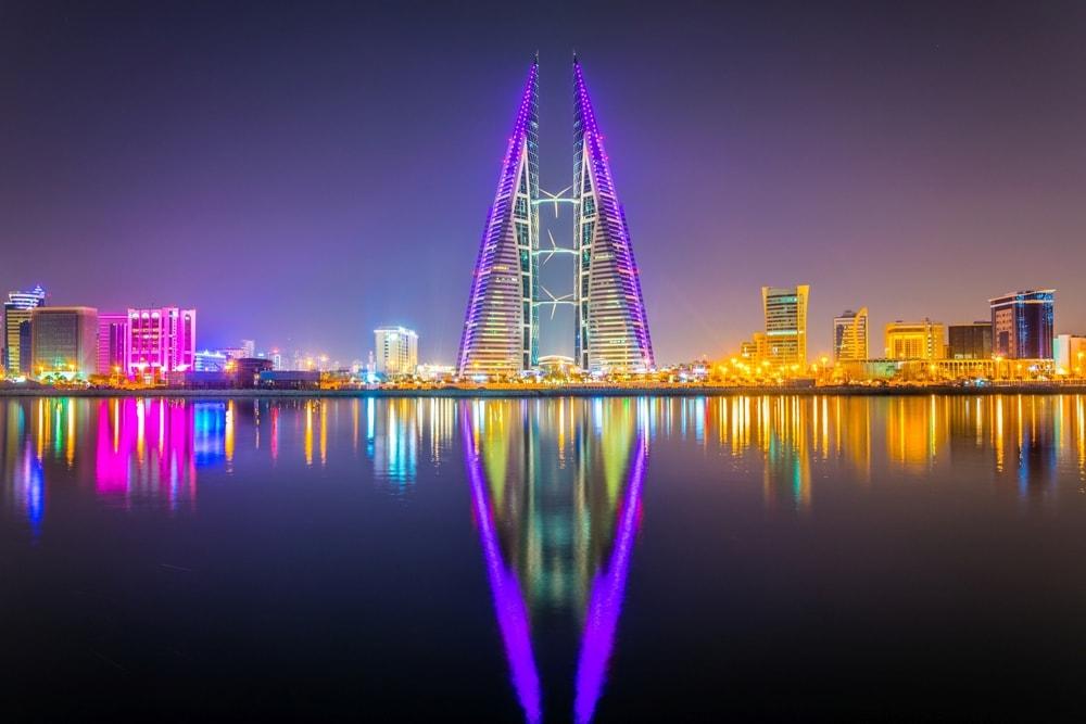 Skyline of Manama dominated by the World trade Center | © Trabantos/Shutterstock