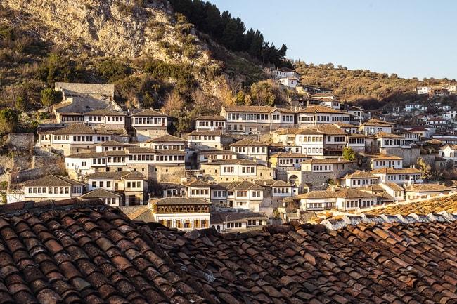 Mangalem quarter in Berat, historic city in the south of Albania | © Alla Simacheva/Shutterstock
