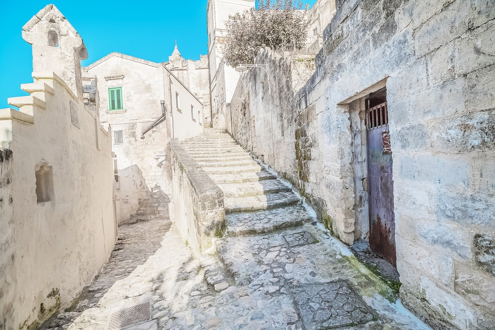 Historic stairs in Matera, Italy | © donfiore/Shutterstock