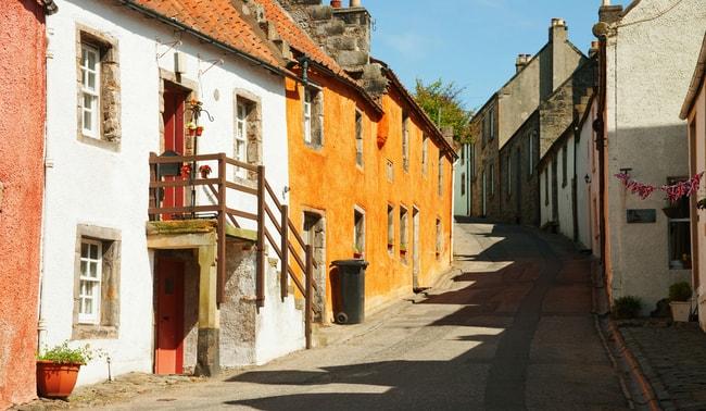 Beautiful street of Culross | © Nella/Shutterstock